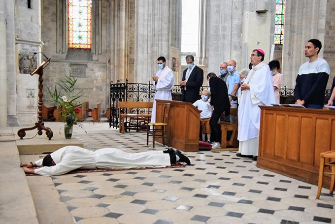 Présentation de Franck Valadier, futur prêtre