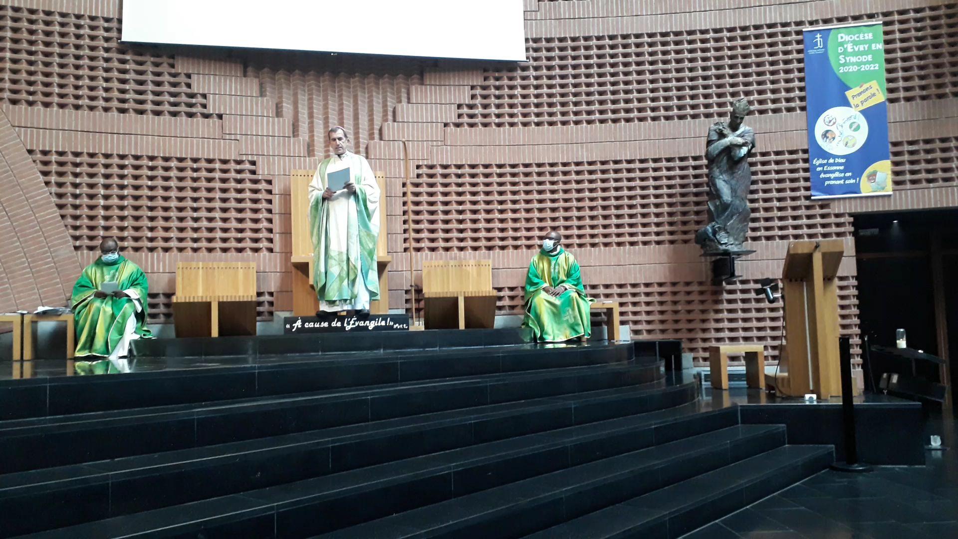 Lancement du Synode, dimanche 4 octobre, cathédrale de la Résurrection