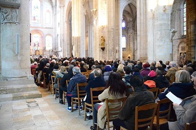 Dispositions sanitaires et pratiques des célébrations liturgiques du 3/12/2020